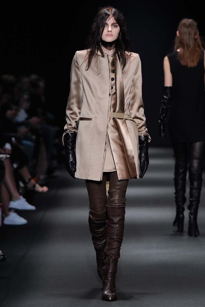 Ann Demeulemeester Ready to Wear FW 2015 PFW (15)