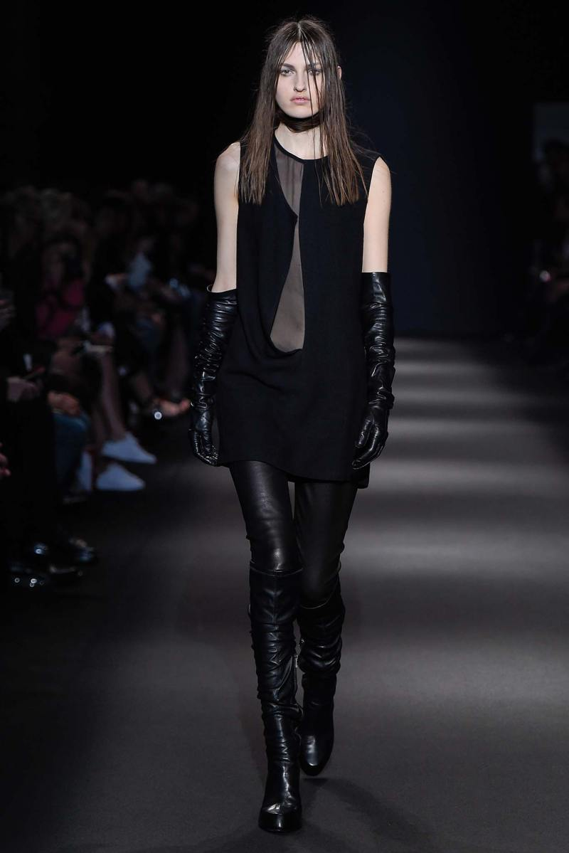 Ann Demeulemeester Ready to Wear FW 2015 PFW (17)