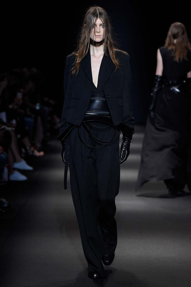Ann Demeulemeester Ready to Wear FW 2015 PFW (18)