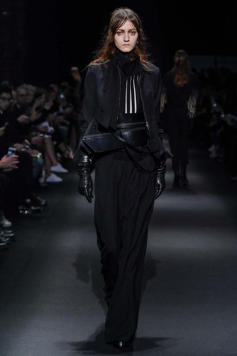 Ann Demeulemeester Ready to Wear FW 2015 PFW (2)