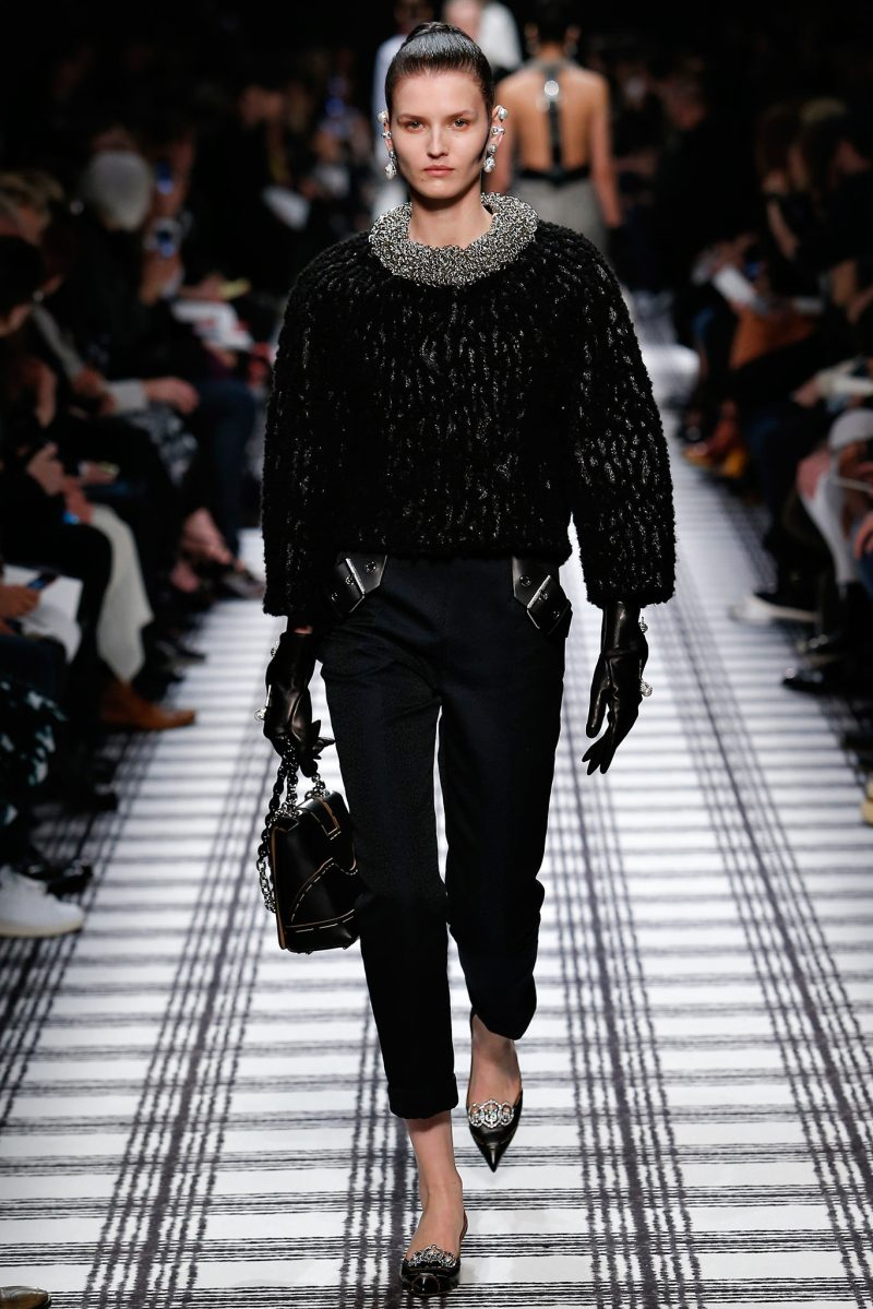 Balenciaga Ready to Wear FW 2015 PFW (28)