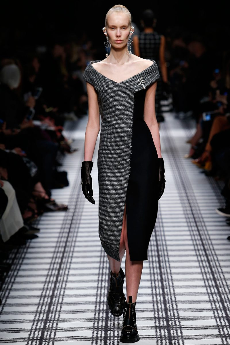 Balenciaga Ready to Wear FW 2015 PFW (4)