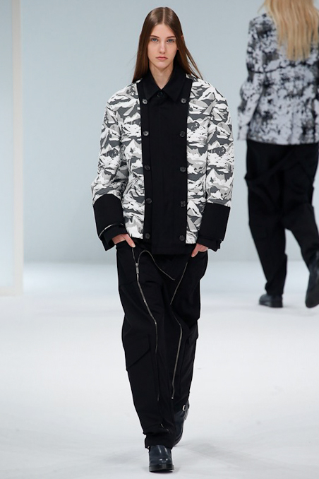 Chalayan Ready to Wear FW 2015 PFW (23)