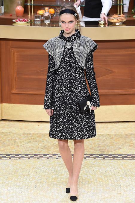 Chanel Ready to Wear FW 2015 PFW (33)