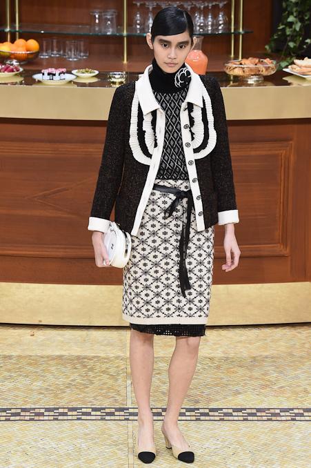 Chanel Ready to Wear FW 2015 PFW (66)