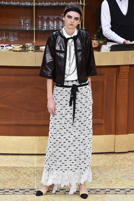 Chanel Ready to Wear FW 2015 PFW (81)