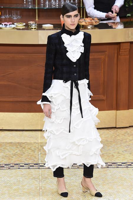 Chanel Ready to Wear FW 2015 PFW (88)