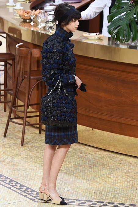 Chanel Ready to Wear FW 2015 PFW (9)