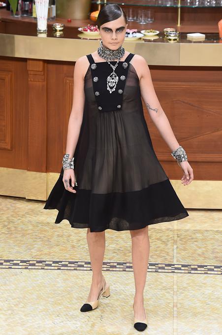Chanel Ready to Wear FW 2015 PFW (94)