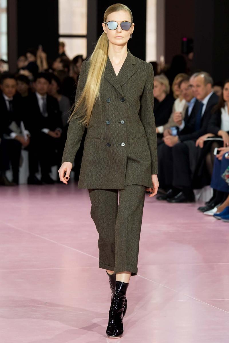 Christian Dior Ready to Wear fw 2015 pfw (17)