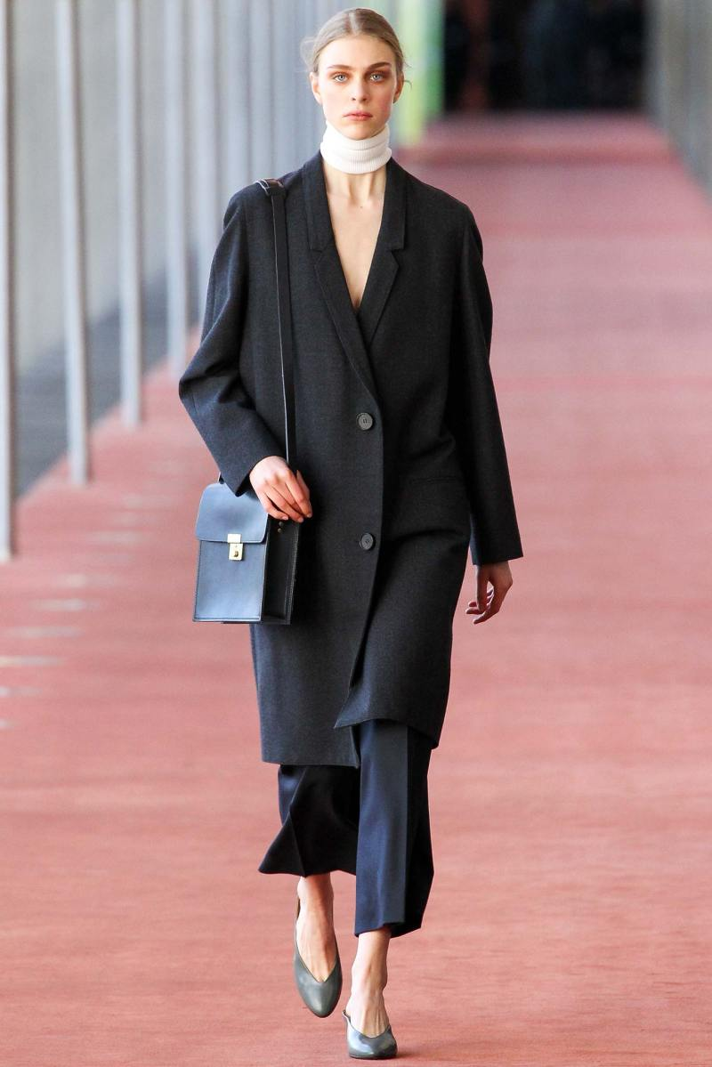 Christophe Lemaire Ready to Wear FW 2015 PFW (8)