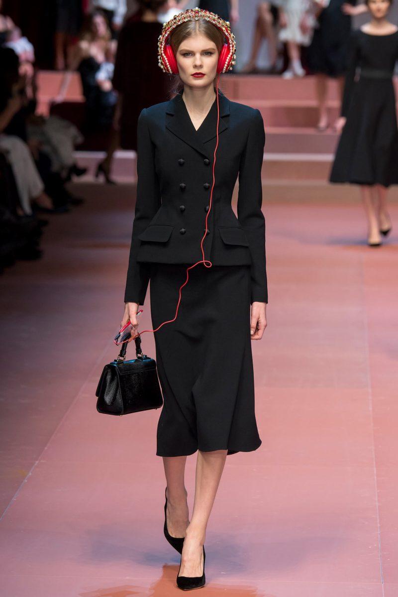 Dolce & Gabbana Ready to Wear FW 2015 MFW (47)