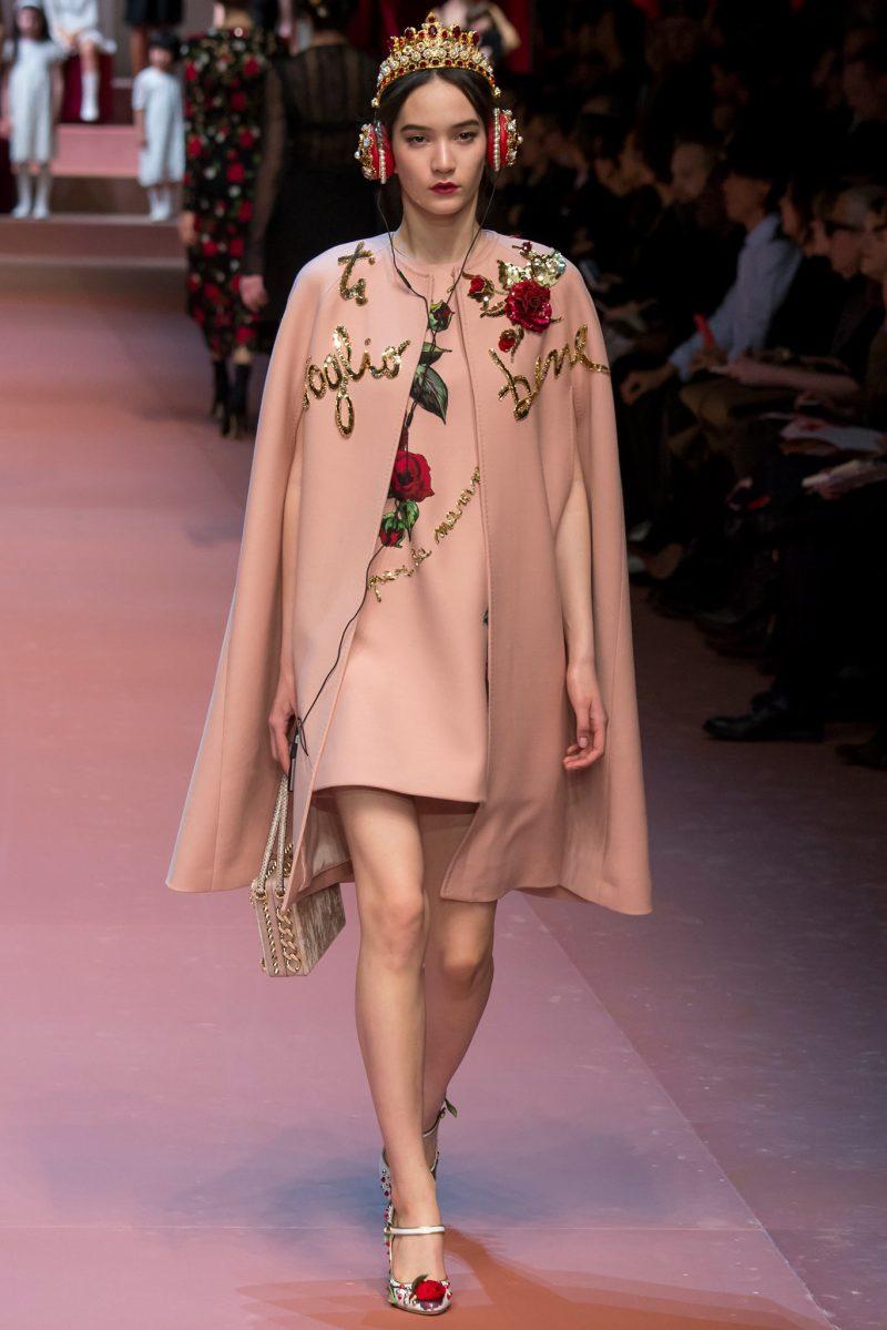 Dolce & Gabbana Ready to Wear FW 2015 MFW (64)