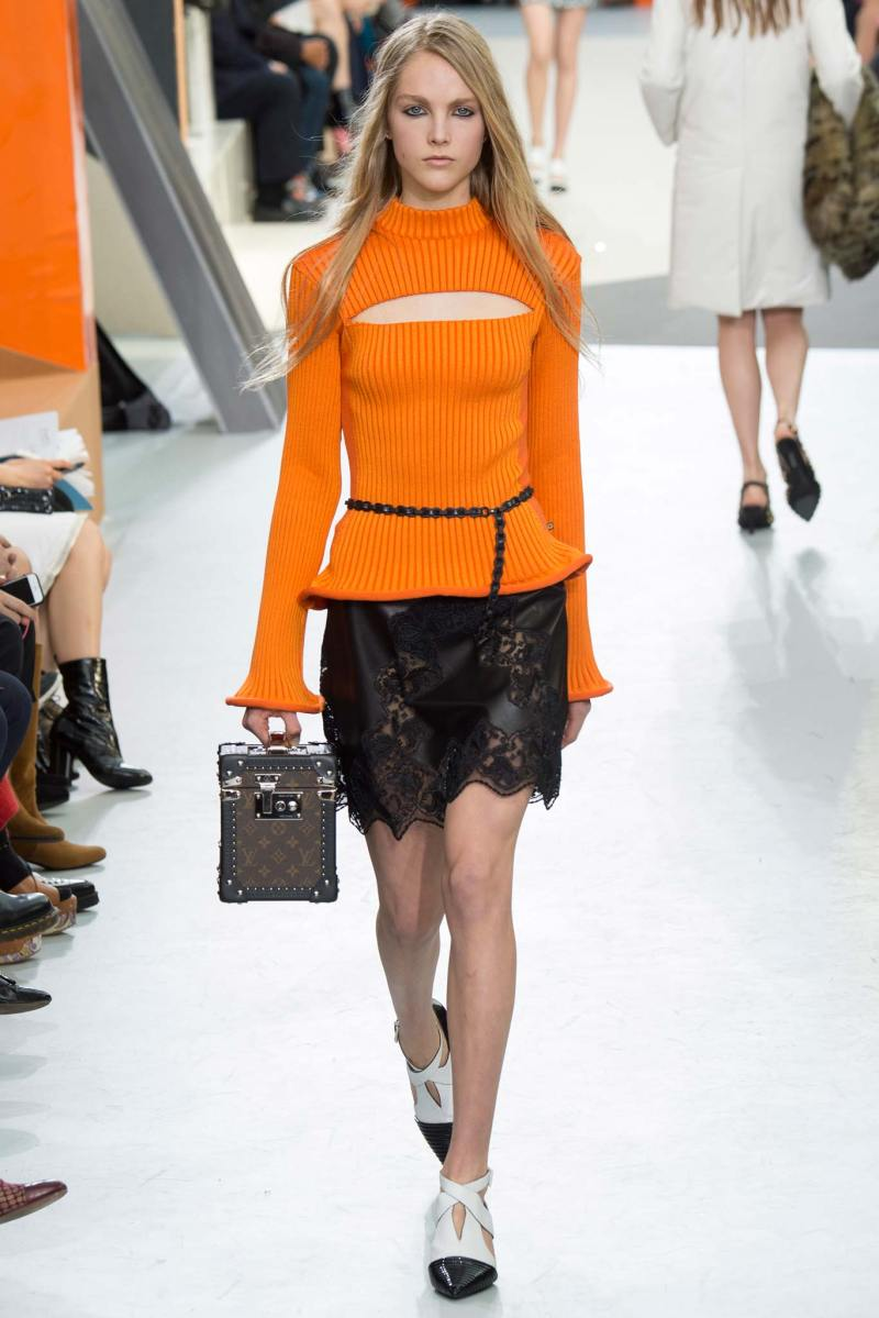 Louis Vuitton Ready to Wear FW 2015 PFW (25)