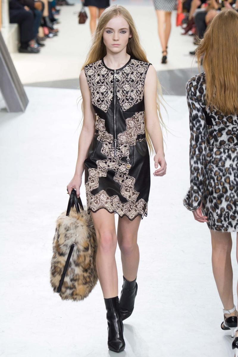 Louis Vuitton Ready to Wear FW 2015 PFW (28)
