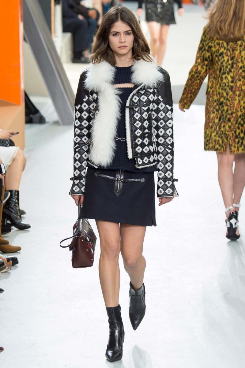 Louis Vuitton Ready to Wear FW 2015 PFW (29)