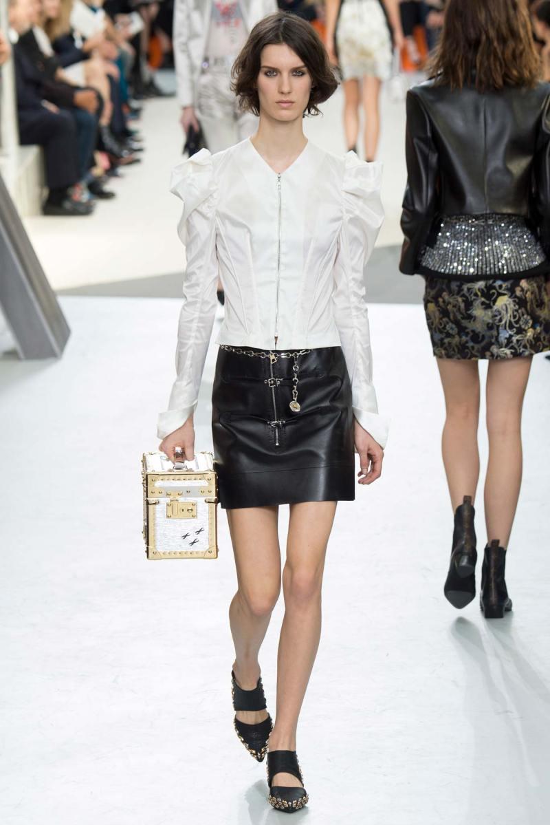 Louis Vuitton Ready to Wear FW 2015 PFW (41)