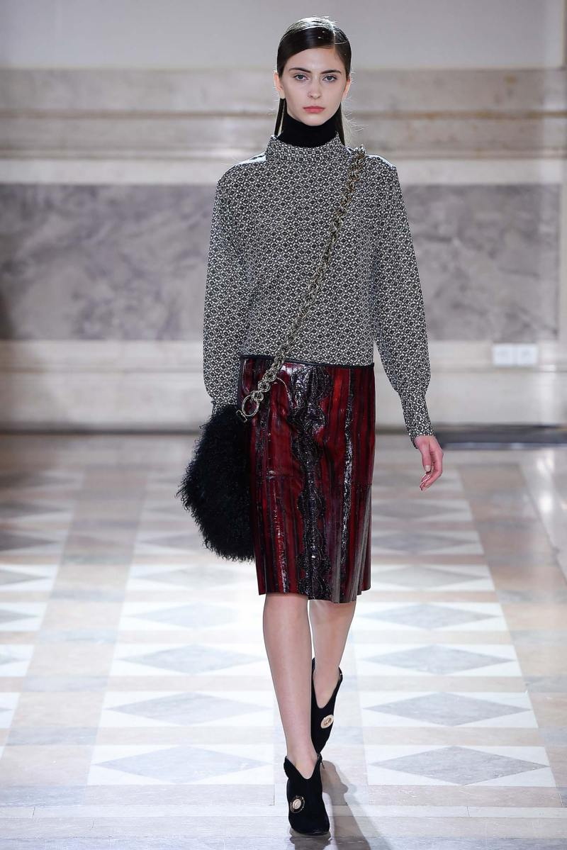 Sharon Wauchob Ready to Wear FW 2015 PFW (11)