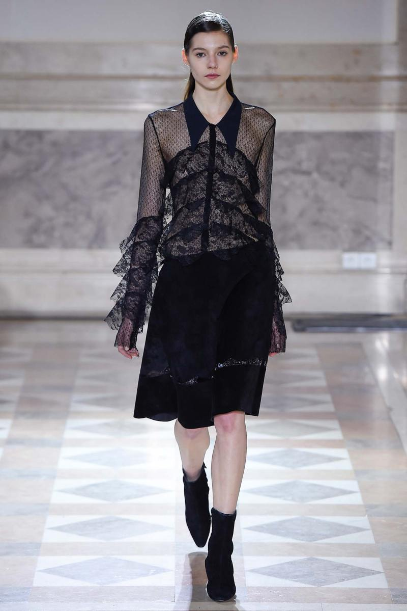 Sharon Wauchob Ready to Wear FW 2015 PFW (17)
