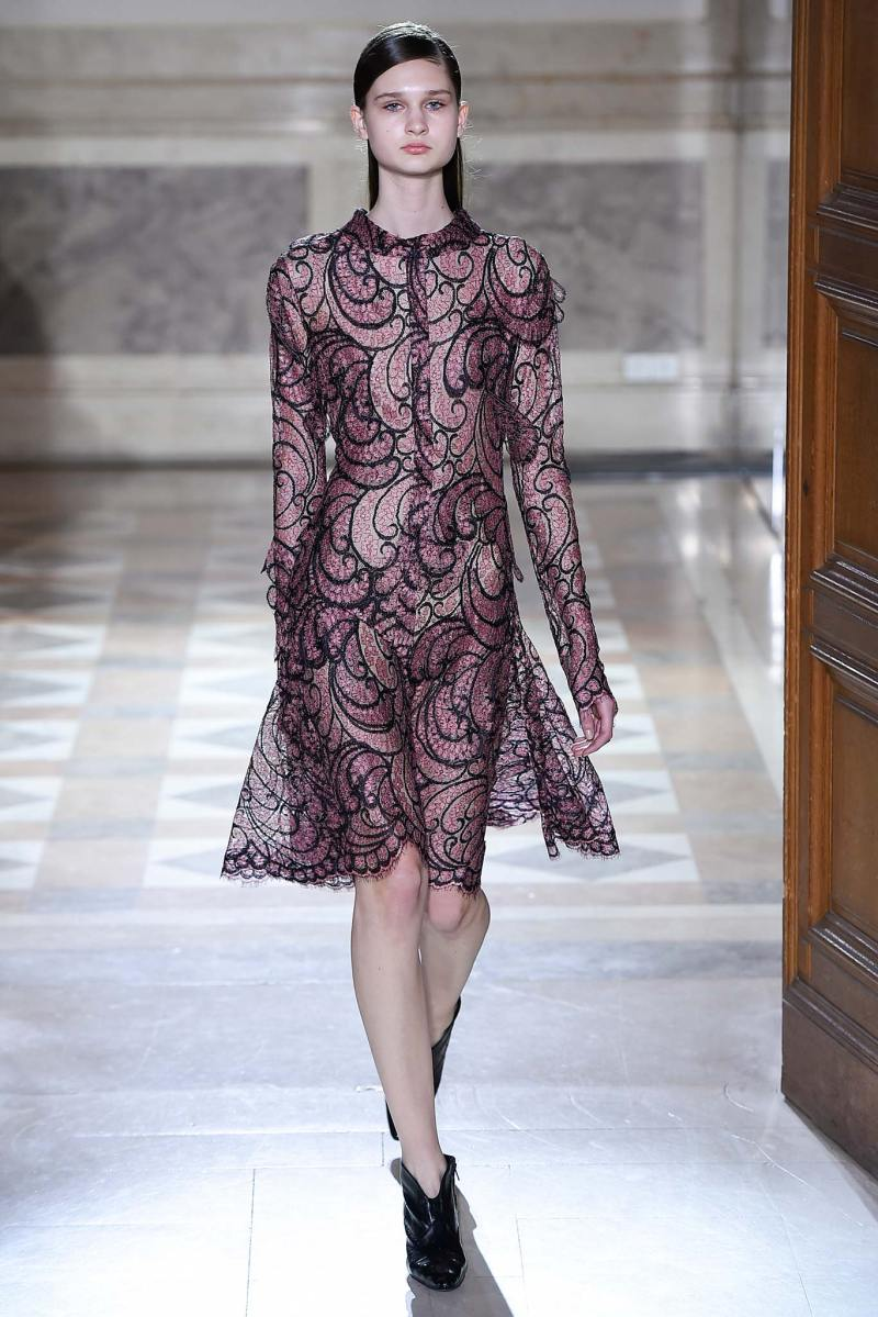 Sharon Wauchob Ready to Wear FW 2015 PFW (22)
