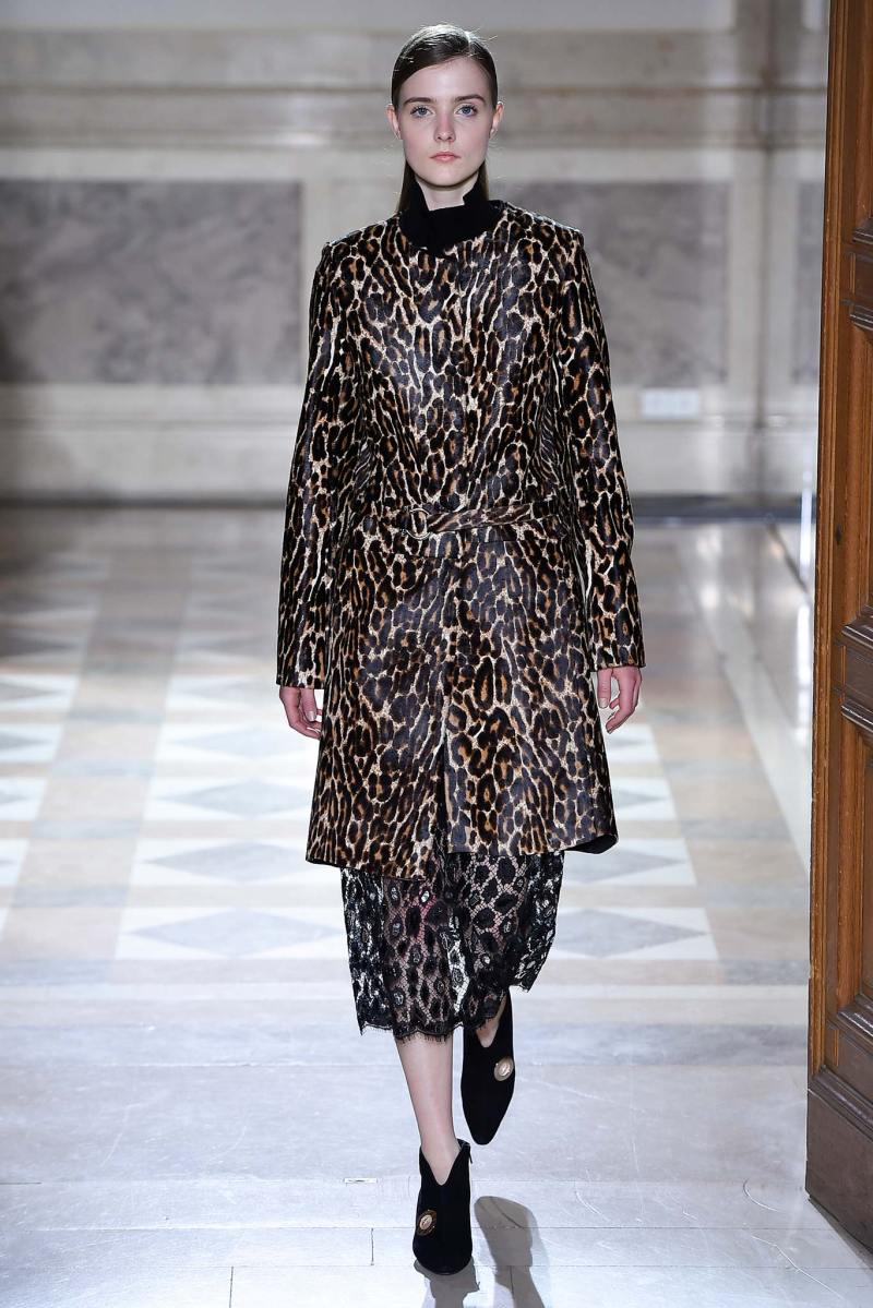 Sharon Wauchob Ready to Wear FW 2015 PFW (29)