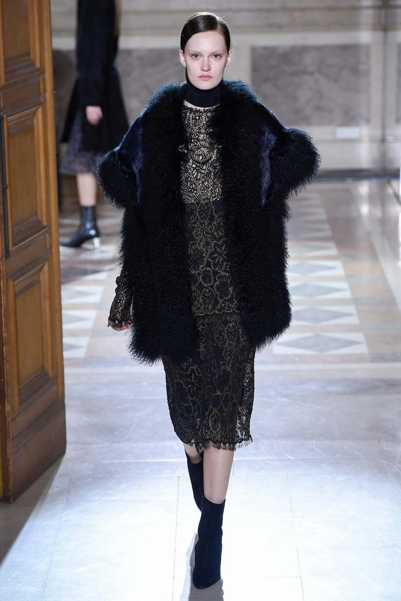 Sharon Wauchob Ready to Wear FW 2015 PFW (8)