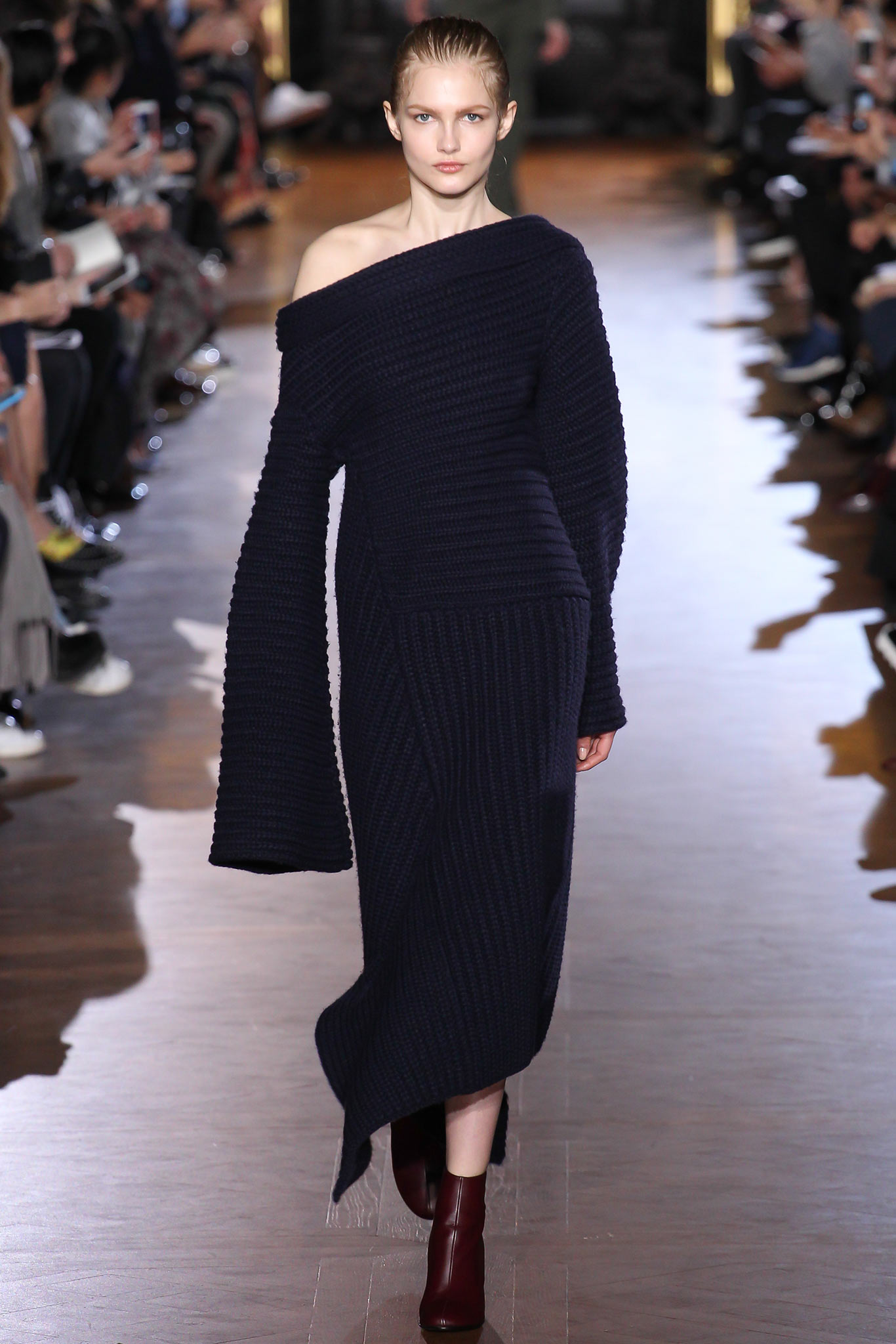 Stella McCartney Ready to Wear F/W 2015 PFW