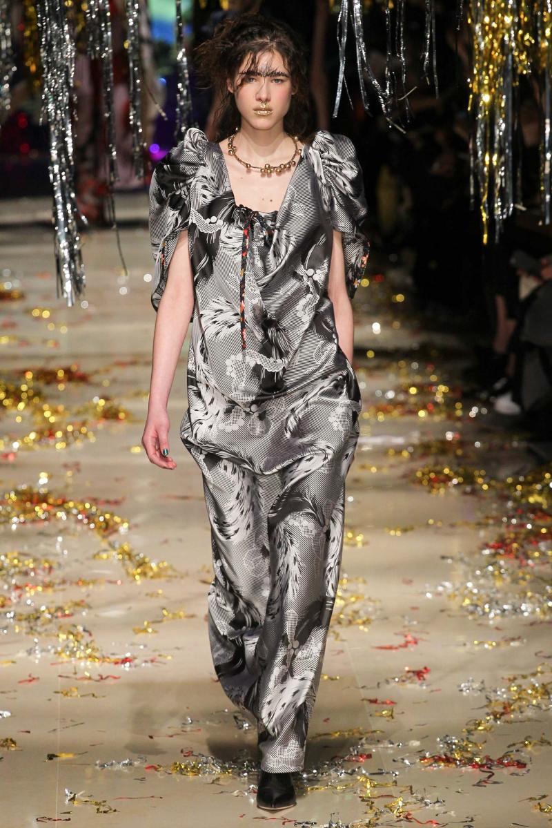 Vivienne Westwood Ready to Wear FW 2015 PFW (40)