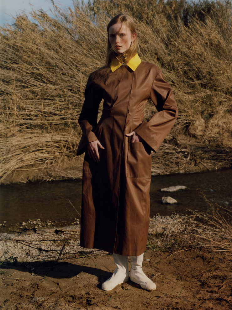 rianne-van-rompaey-by-harley-weir-for-document-journal-spring-summer-2015-5