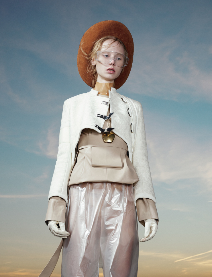 maria-veranen-by-willy-vanderperre-for-i-d-magazine-spring-2015-11