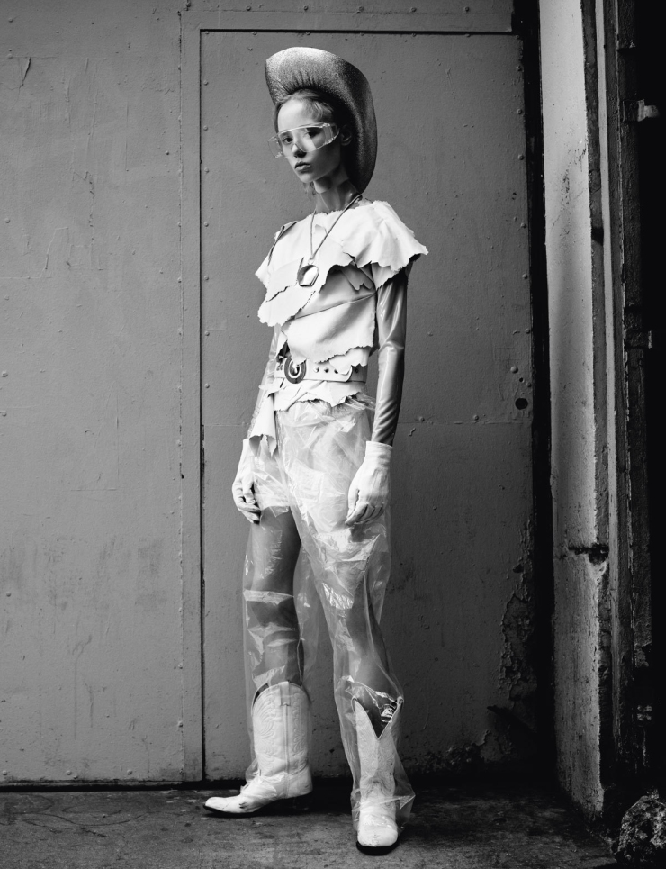 maria-veranen-by-willy-vanderperre-for-i-d-magazine-spring-2015-6