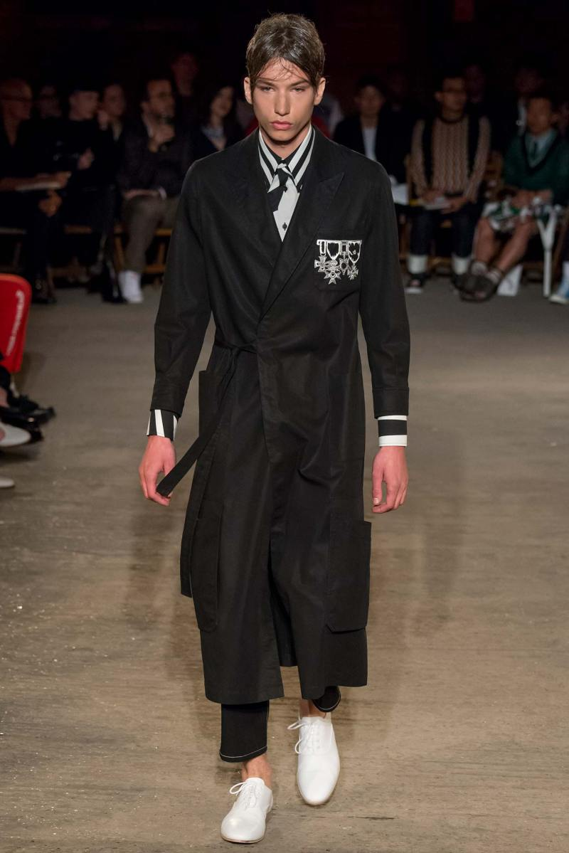 Alexander McQueen Menswear SS 2016 London (21)