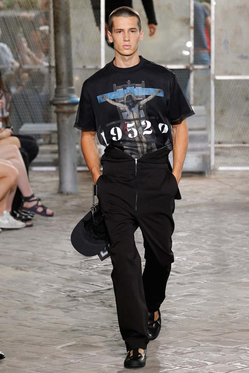 Givenchy Menswear SS 2016 Paris (14)