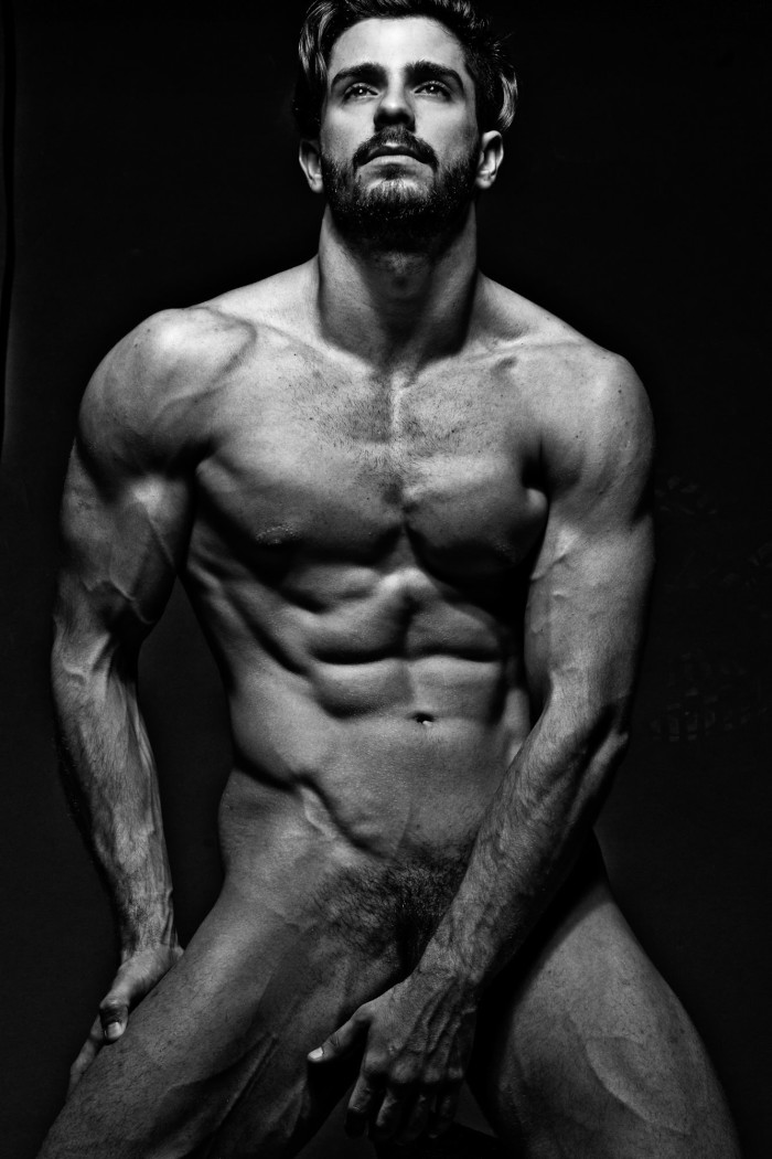 Orlando Baronne by photographer Ronaldo Gutierrez (4)