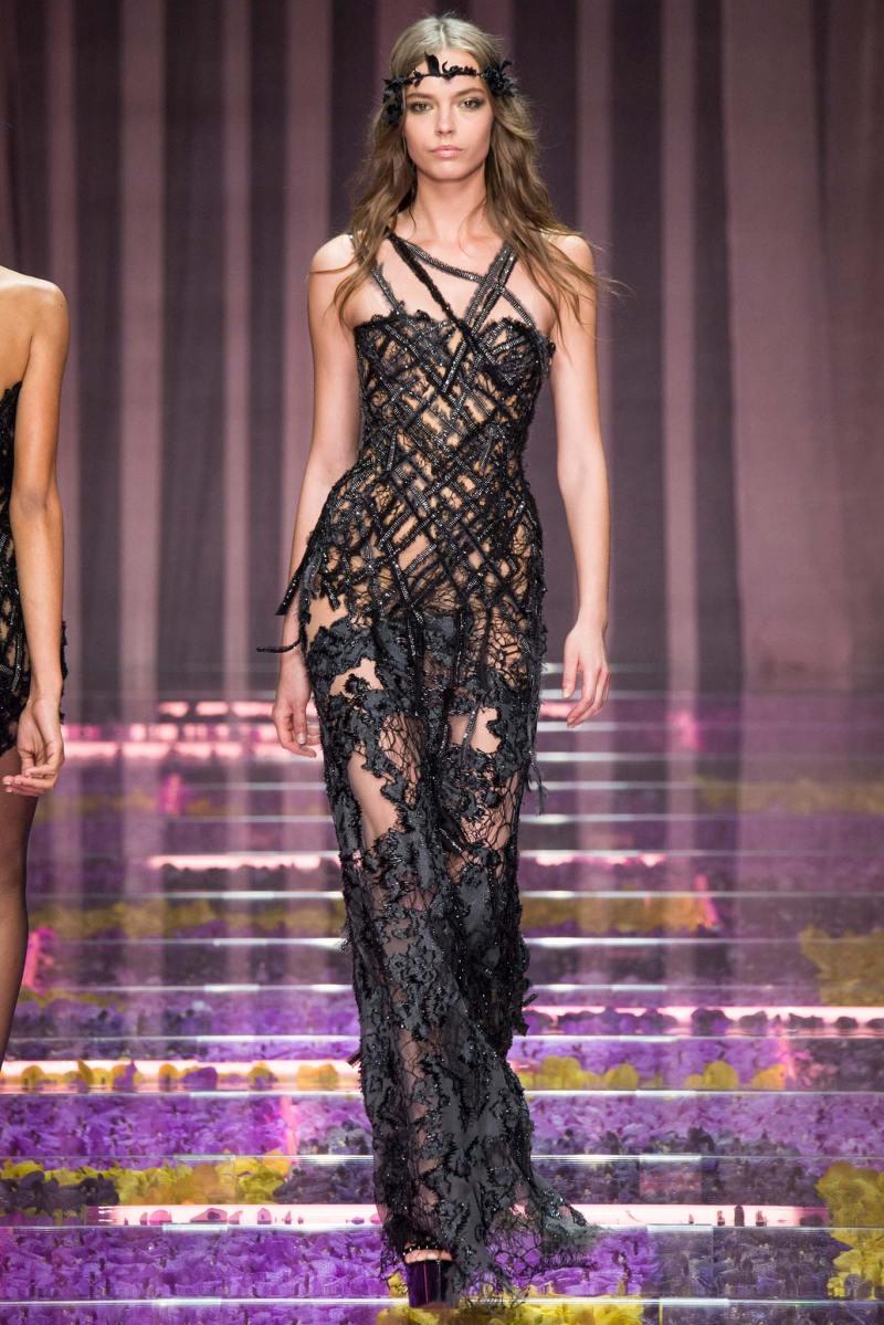 Atelier Versace Haute Couture F W 2015 Paris Graveravens