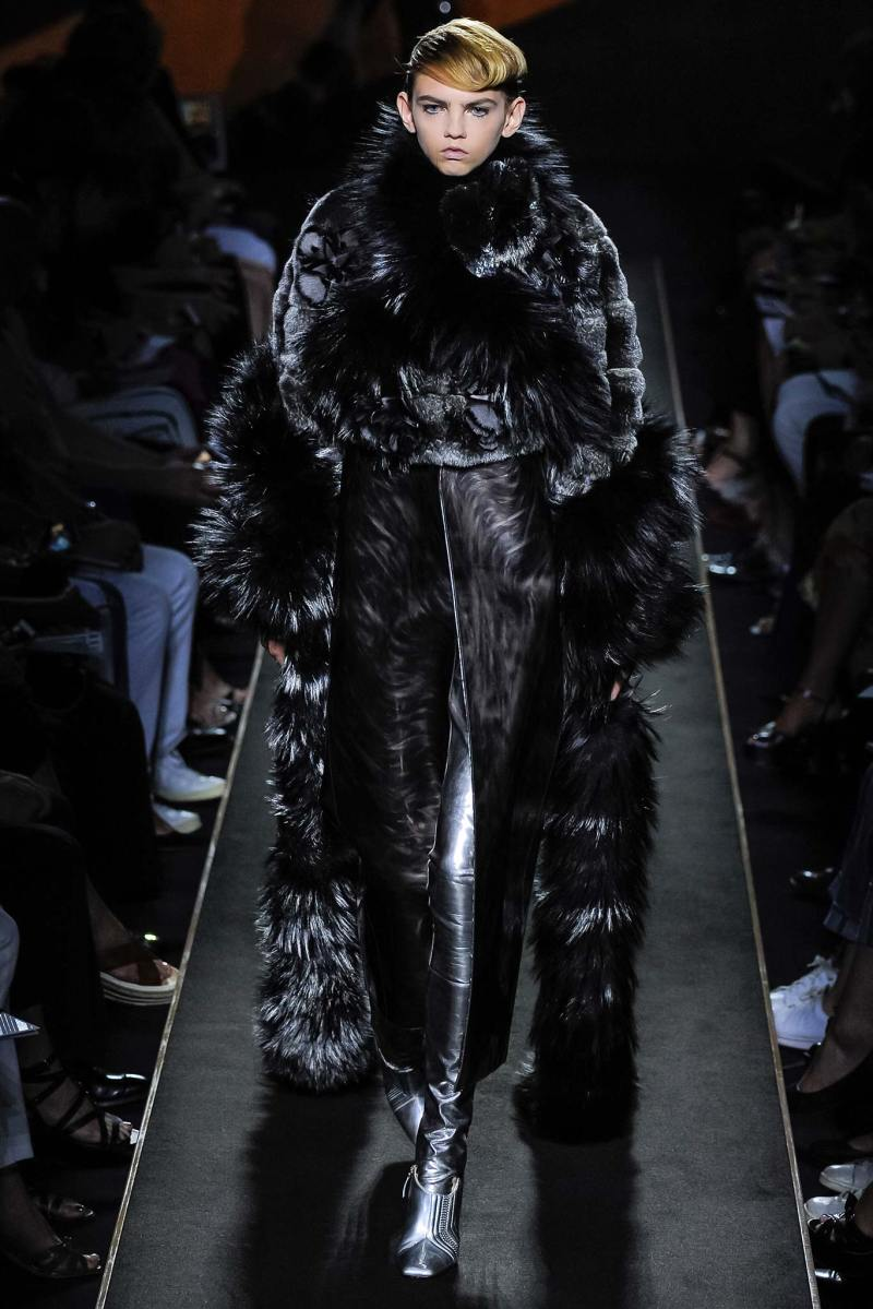 Fendi Haute Couture FW 2015 Paris (7)