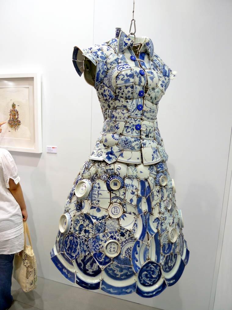Good China, Dresses by artist Li Xiaofeng (1)