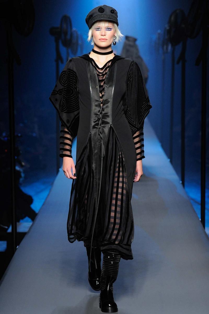 Jean Paul Gaultier Haute Couture FW 2015 Paris (24)