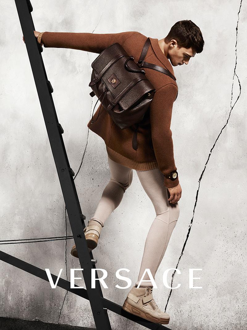 Versace Menswear FW 2015 Ad Campaign (8)