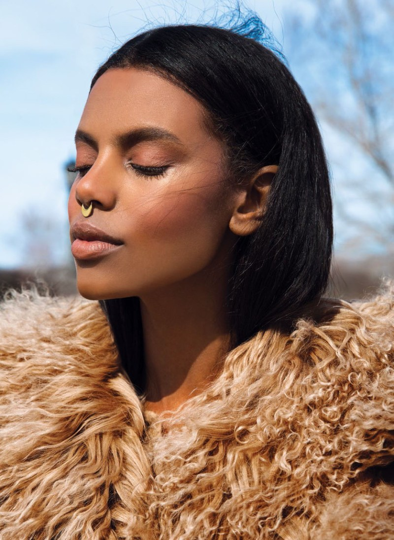 grace-mahary-flare-august-2015-by-norman-wong-04