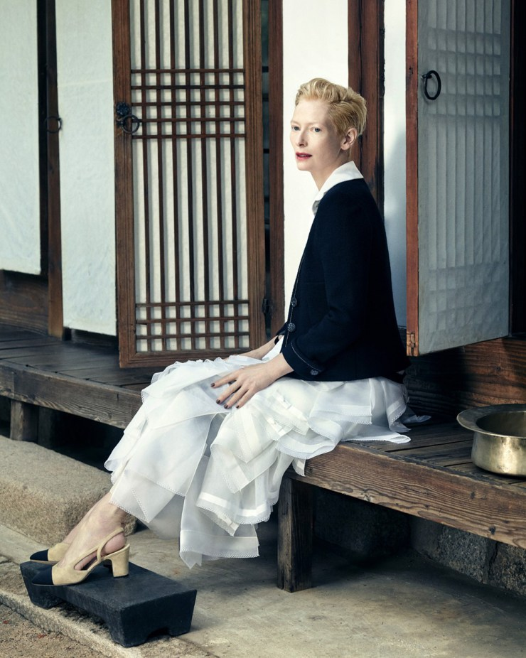 tilda-swinton-by-hong-jang-hyun-for-vogue-korea-august-2015-8