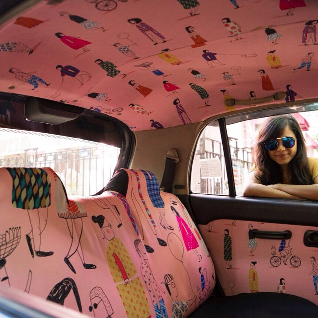 Taxi Fabric, A New Form of Exhibiting Art (5)