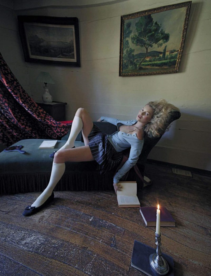 kate-moss-setsuko-ideta-by-tim-walker-vogue-italia-september-2015-11