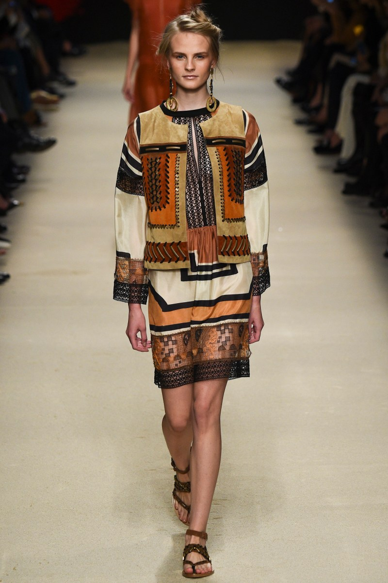 Alberta Ferretti Ready To Wear SS 2016 MFW (15)