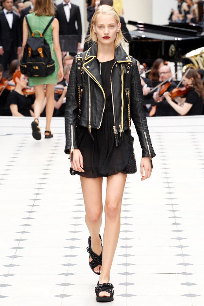 Burberry Prorsum Ready To Wear SS 2016 LFW (24)