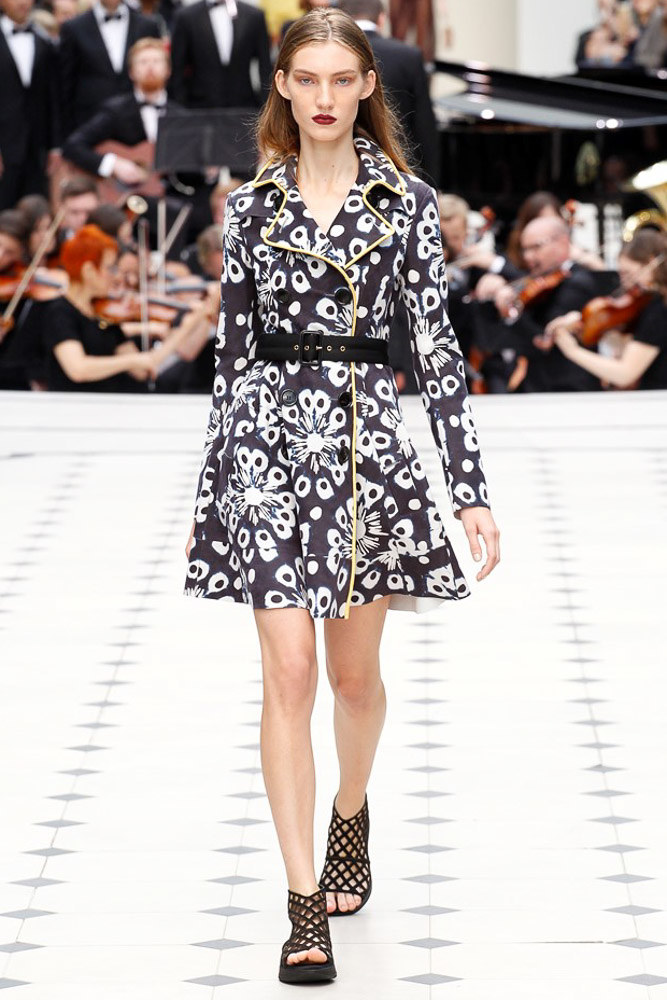 Burberry Prorsum Ready To Wear SS 2016 LFW (28)