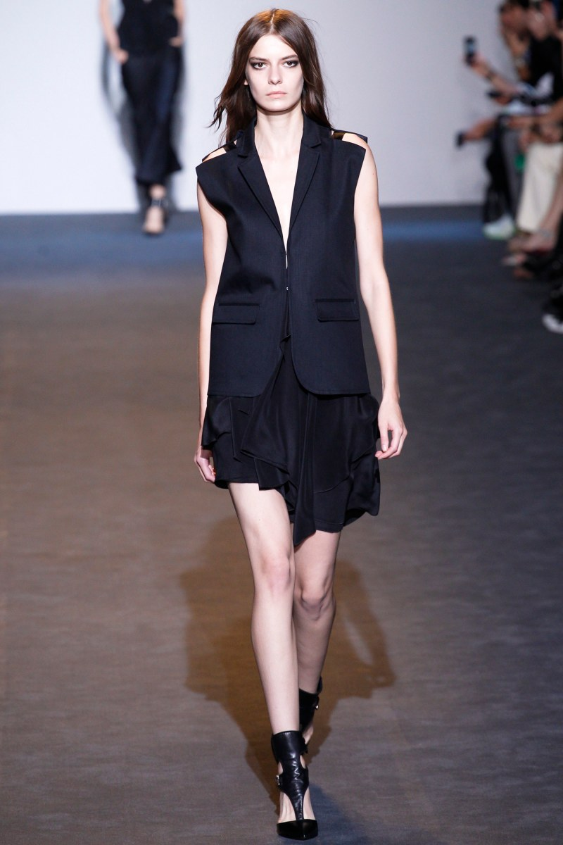 Costume National Ready To Wear SS 2016 MFW (3)