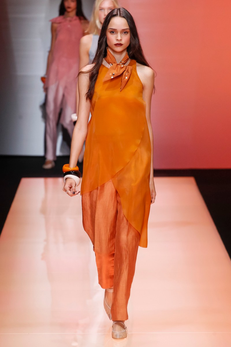 Emporio Armani Ready To Wear SS 2016 MFW (60)