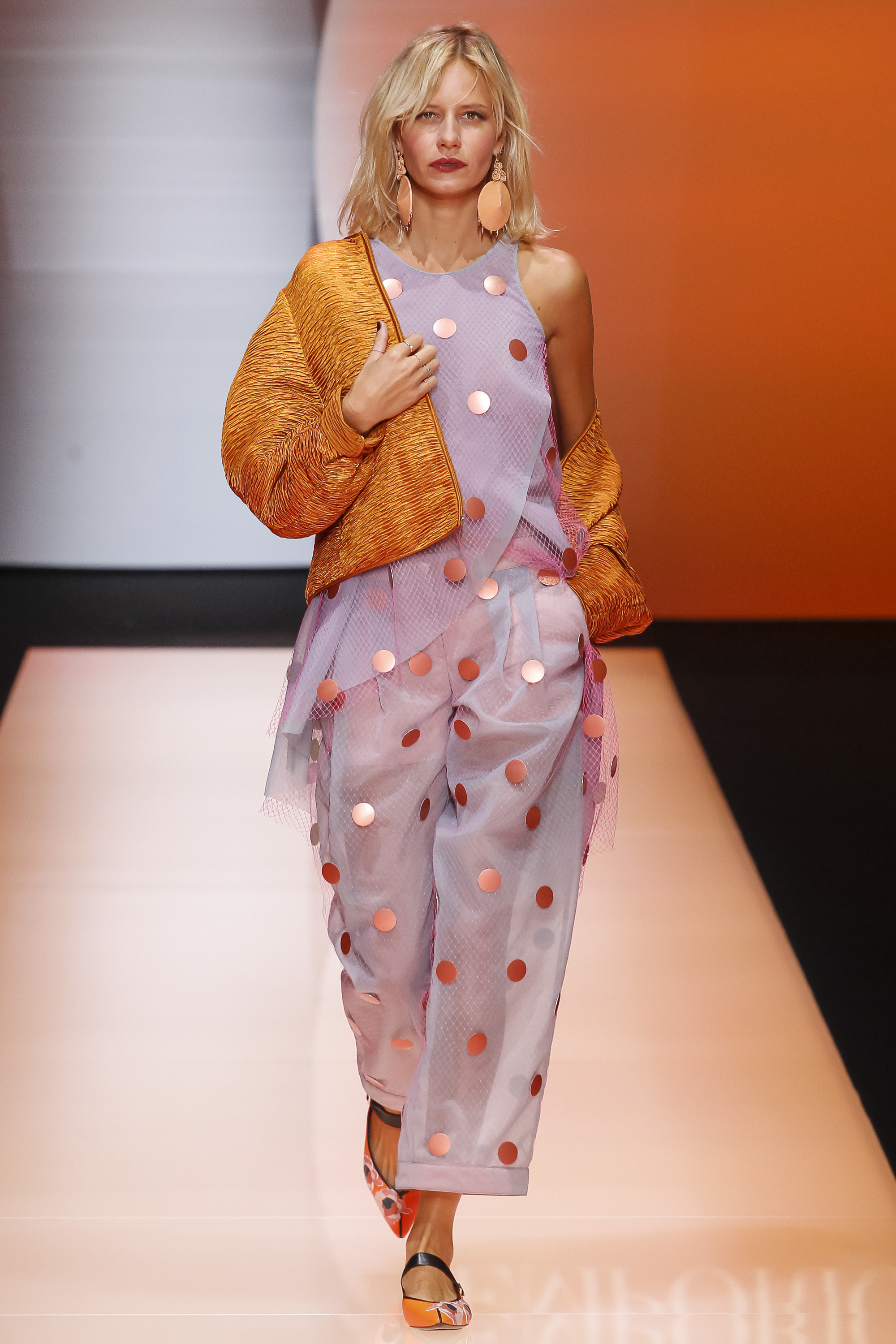 Emporio Armani Ready To Wear SS 2016 MFW