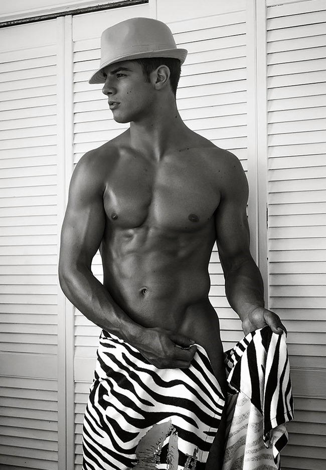 FRANKIE CAMMARATA by photographer SCOTT TEITLER (3)